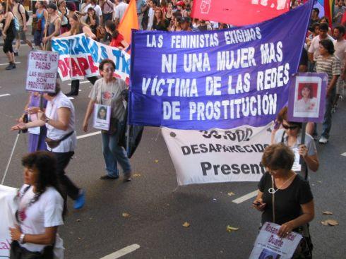 las feministas exigimos ni una mujer mas víctima de las redes de prostitución